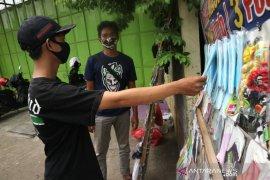 Penjual masker di Mojokerto