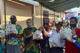 Warga laporkan dugaan penyalahgunaan bantuan BNPB ke Polrestabes Surabaya