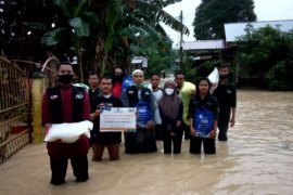 ACT Sumut salurkan bantuan pangan  untuk korban banjir di Tebing Tinggi