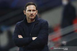 Frank Lampard mau perpanjang kontraknya di Chelsea