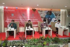 Banjar prepares 100 agents to change waste management