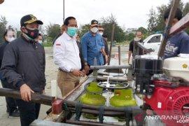 348 nelayan di Kota Bengkulu terima bantuan mesin konversi BBM