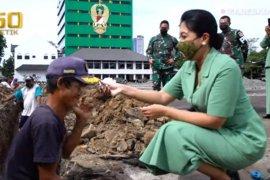 Kasad kagumi sosok Sandi, pekerja difabel di proyek Mabesad
