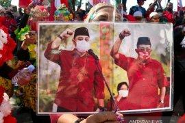 Pengamat: Massa mengambang lebih pilih Eri-Armudji di Pilkada Surabaya