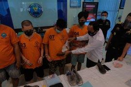 Polisi: Jaringan narkoba Malaysia-Bali selundupkan sabu dalam figura
