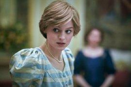 Netflix diminta perjelas bahwa \'The Crown\' adalah karya fiksi