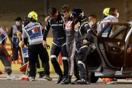 Begini kronologis keajaiban Grosjean lolos dari kecelakaan maut di GP Bahrain