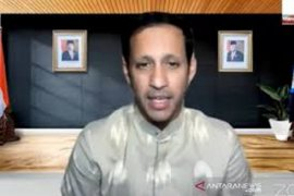 Mendikbud Nadiem Makarim tegaskan PTM pada Januari 2021 didasarkan persyaratan ketat