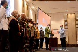 Gubernur serahkan DIPA 2021 kepada Kemenkumham Sulsel