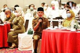 Bupati Pringsewu ikuti rakor pengendalian COVID-19 tingkat Provinsi Lampung