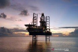 Luhut Panjaitan yakinkan investor migas ekonomi Indonesia tumbuh positif 2021
