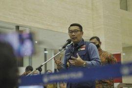 Gubernur Ridwan Kamil berdoa untuk kesembuhan Anies Baswedan