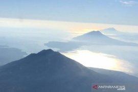 Pemkab Lembata koordinasikan bantuan pengungsi erupsi gunung Ili Lewotolok