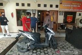 Polsek Jelutung menangkap buronan spesialis pencurian di perumahan