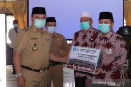 Gubernur Erzaldi Umrahkan Kafilah dan Pelatih MTQ Nasional Perwakilan Babel