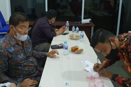 Bawaslu Bintan periksa saksi dugaan money politik