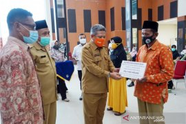 Kabupaten Kubu Raya berikan intensif guru ngaji di Sungai Raya