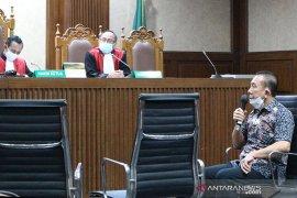 Djoko Tjandra hanya dituntut 2 tahun penjara dalam kasus surat jalan palsu