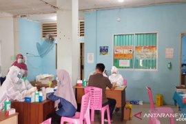 946 petugas KPPS di Kepri reaktif tes cepat COVID-19