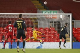 Gol Curtis Jones pastikan Liverpool ke babak 16 besar liga Champions