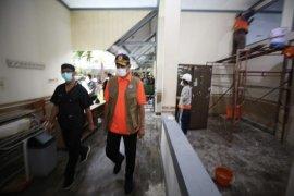 Doni Monardo tinjau persiapan rumah sakit lapangan penanganan COVID-19 di Kota Malang