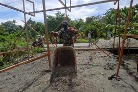 Kontribusi Benny Wenda terhadap masyarakat di Papua dipertanyakan