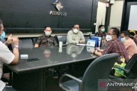 DPRD Kalsel bicarakan jasa kepelabuhanan dengan pelindo III Surabya