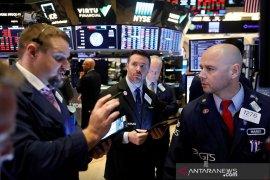 Wall Street ditutup beragam, namun Indeks Dow Jones tembus 30.000 poin