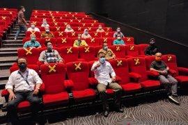 Pjs wali kota tinjau protokol kesehatan di bioskop