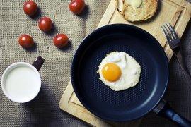 Tips sehat! Manfaat ganti daging merah dengan telur dan susu bagi jantung