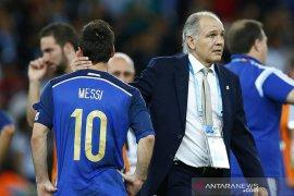 Eks pelatih Argentina Sabella tutup usia, Messi beri penghormatan