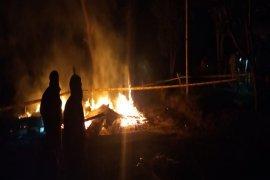 Kebakaran di Karubaga akibatkan seorang remaja meninggal dunia