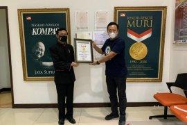 IASMA 1 Landbouw Bukittinggi menerima penghargaan dari MURI, rekor reuni virtual