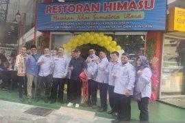 Dubes Hermono resmikan restoran dan kantor Himasu