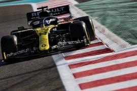 Fernando Alonso tampil tercepat di antara pebalap junior di tes Abu Dhabi