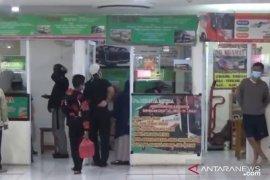 Penumpang Terminal Pulogebang stabil jelang Natal dan Tahun Baru