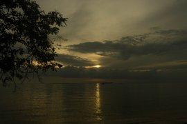 Sunset Pantai Tanjung Siambang di Pesisir Dompak