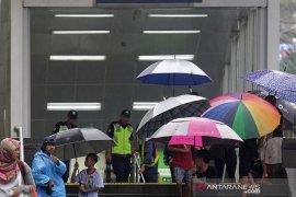 BMKG: Waspada potensi hujan disertai kilat di Jakarta utara dan Kep Seribu