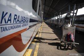 Kereta Api Tujuang Lampung Kembali Beroperasi Page 3 Small