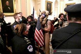 Dua pejabat Gedung Putih mundur usai kerusuhan di AS