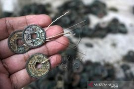 Penemuan Uang Koin Kuno China Page 1 Small