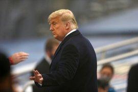 Donald Trump berusaha kembali jadi sorotan dengan pidato temu konservatif