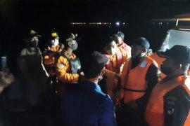Pencarian Sriwijaya Air terkendala