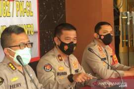 Tim DVI Polri mengidentifikasi empat jenazah korban Sriwijaya Air SJ-182