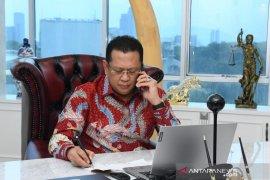 Ketua MPR: Pemerintah mesti jelaskan soal 153 warga China masuk ke Indonesia