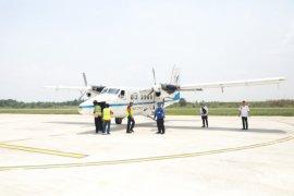 Penerbangan dengan SOA penumpang perdana hari Ini