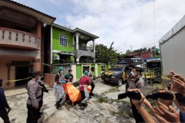 Polisi duga  mayat wanita di Tanjungpinang korban pembunuhan