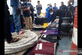 Menyelami Laut Jawa demi korban tragedi Sriwijaya Air SJ-182