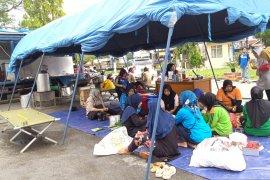 Dinsos Solok dirikan dapur umum bantu warga terdampak banjir