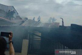 Kebakaran Rumah Di Padang Page 2 Small